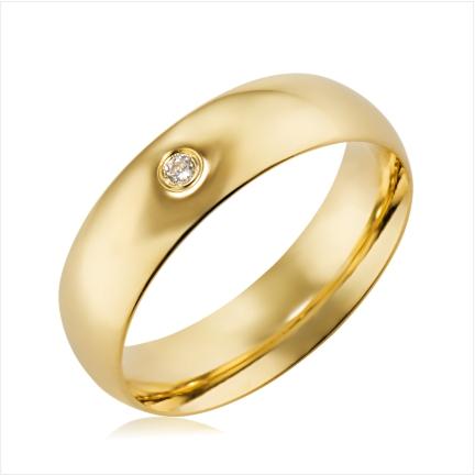Aliança folheada a ouro abaulada anatômica 6 mm com pedra