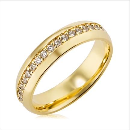 Aliança de ouro 18k 750 abaulada anatômica de 5mm cravejada no centro com Diamantes de 1,50mm